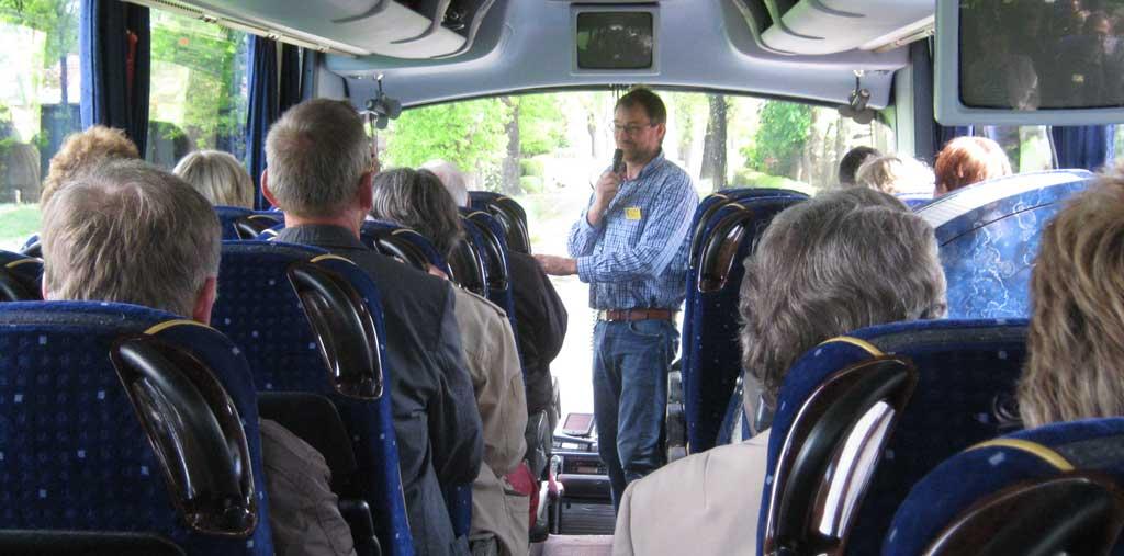 Bewertungskommission im Bus